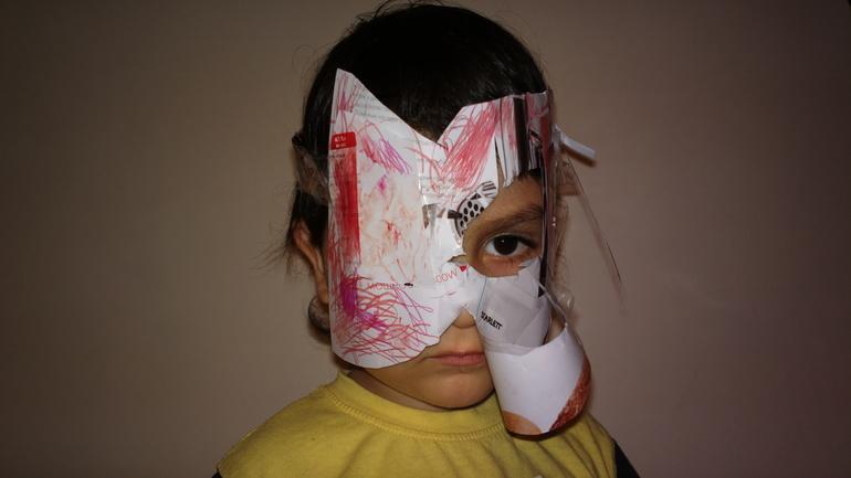Сделать страшную маску из бумаги своими руками 95