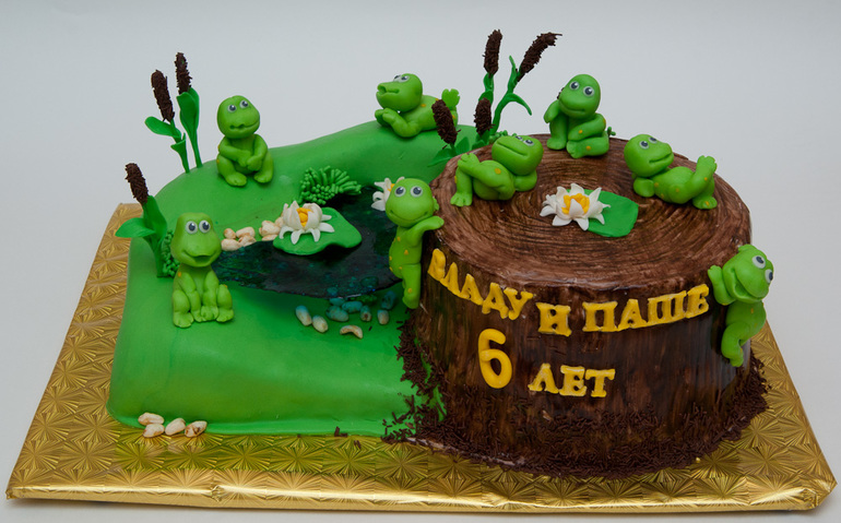 Торт  с  лягушатами