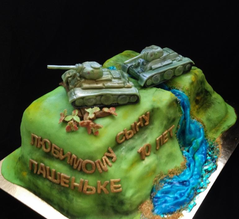 Муссовые пирожные с зеркальной глазурью - рецепт Tykvo.ru