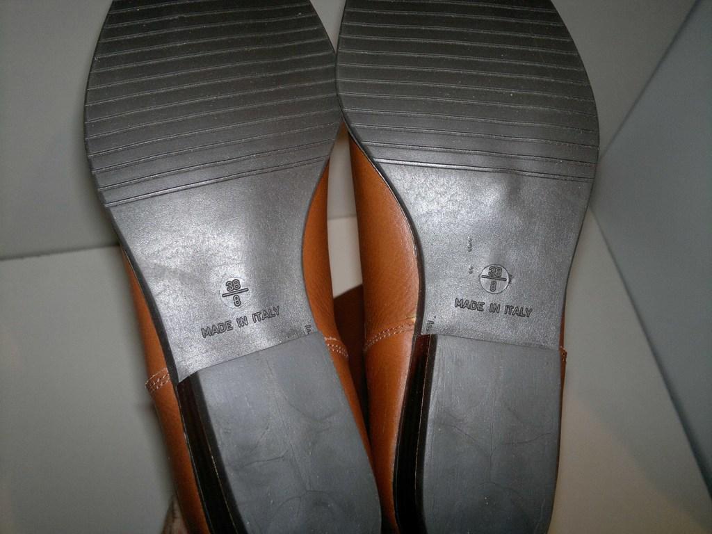 Продам сапоги из натуральной кожи!!!ИТАЛИЯ)))