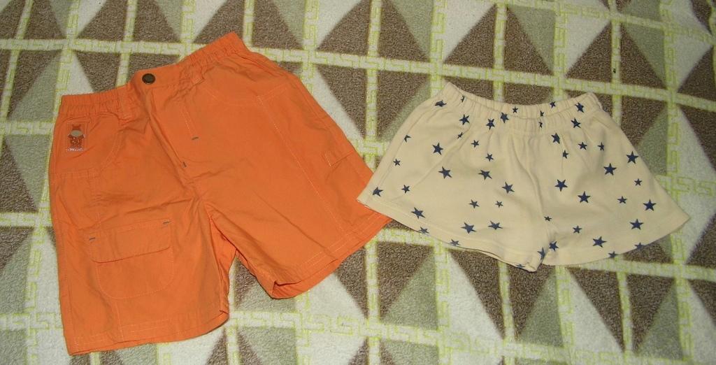 Два баула детской одежды новой и б/у разный размер