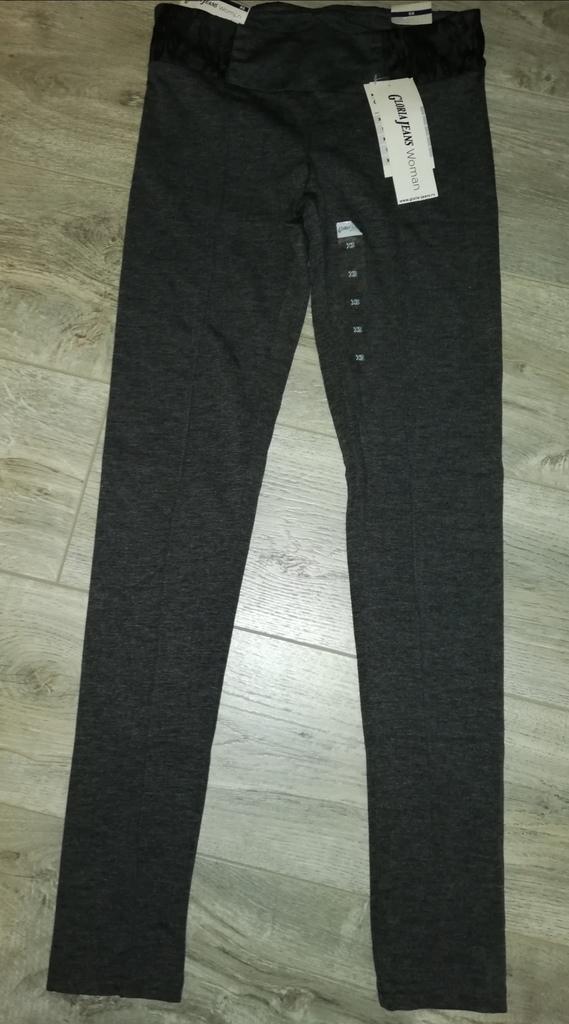 Новые брюки Глория Джинс, р. 40, трикотаж, мягкие.