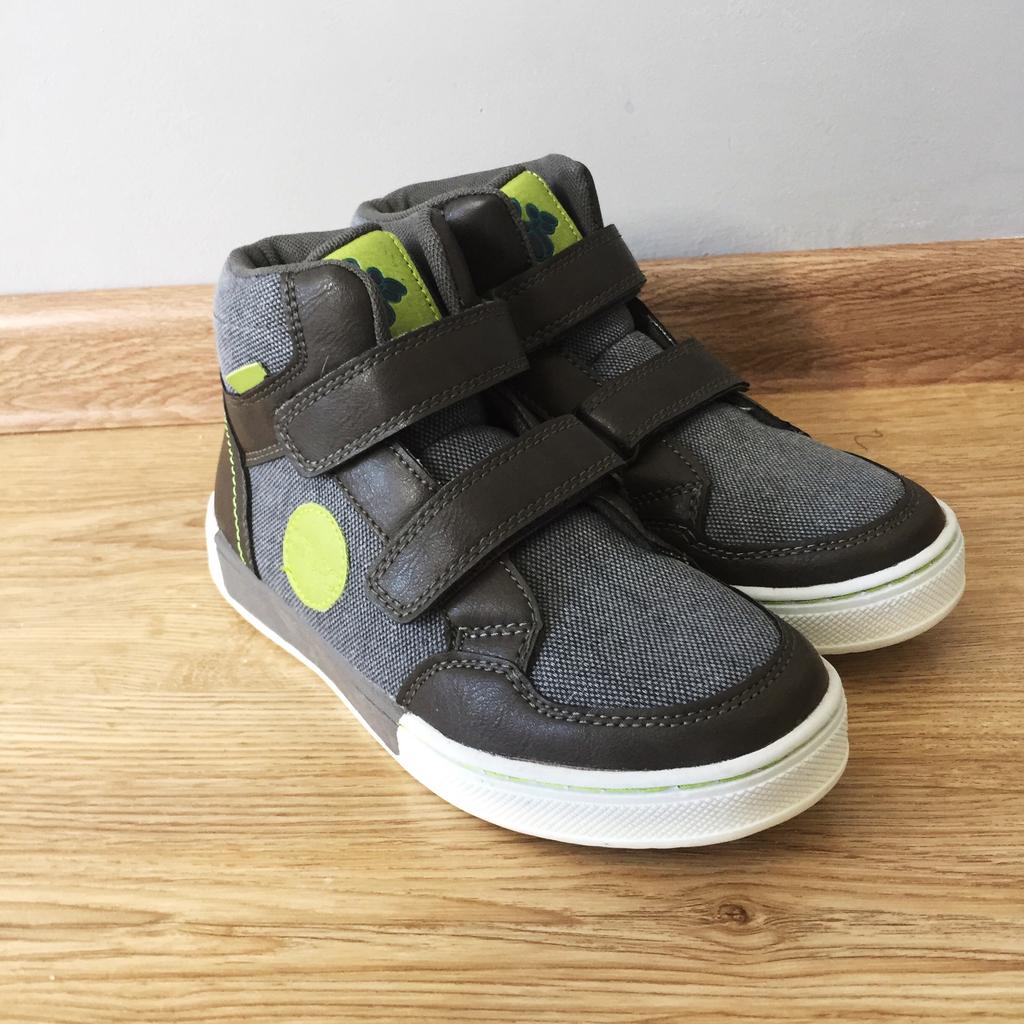 новые утепленные ботинки. италия
