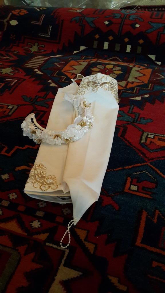 Свадебное платье,ободок,перчатки,юбки,туфли