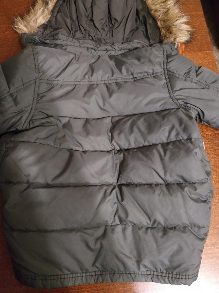 Куртка Benetton для мальчика размер XXS от 100 см