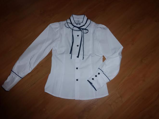 Блузка для первоклассницы, новая.