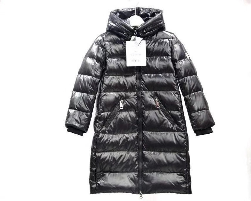 Куртки Монклер