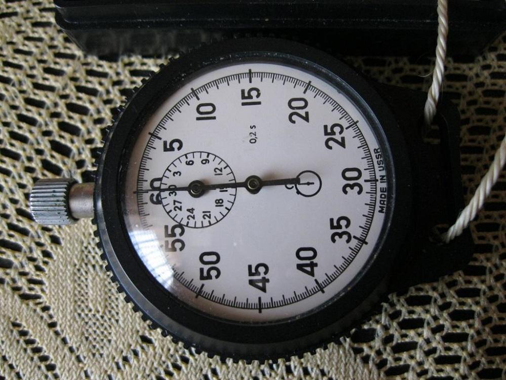 Одно-кнопочный секундомер СССР