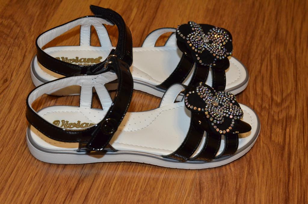 Черные сандалии / босоножки viviane 32 раз.