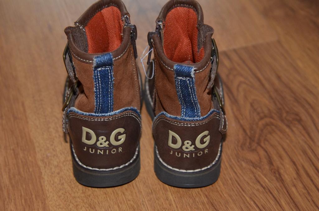 Демисезонные сапоги Dolce&Gabbana (D&G)