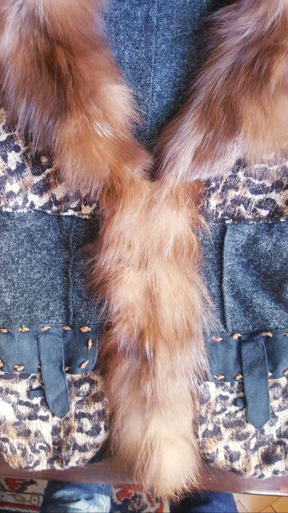 Кардиган с горжеткой из лисы 42 - 44 размер