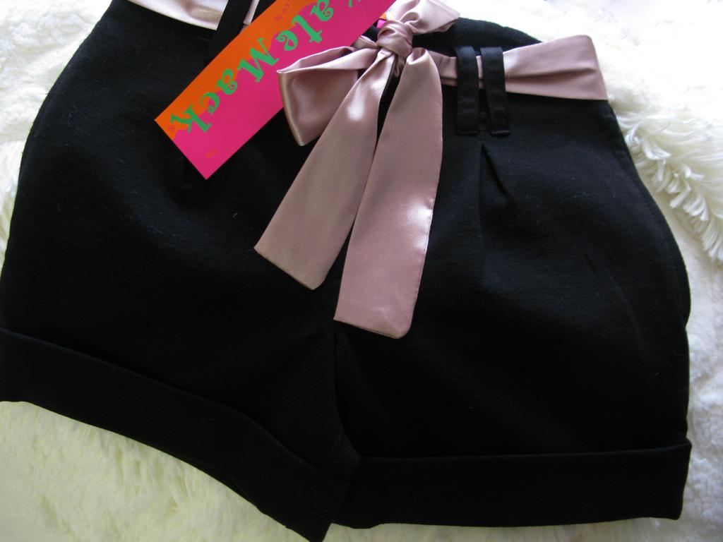 Kate Mack шорты новые с атласным поясом 5лет