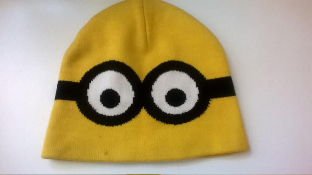 Демисезонная куртка р. 134 + шапка
