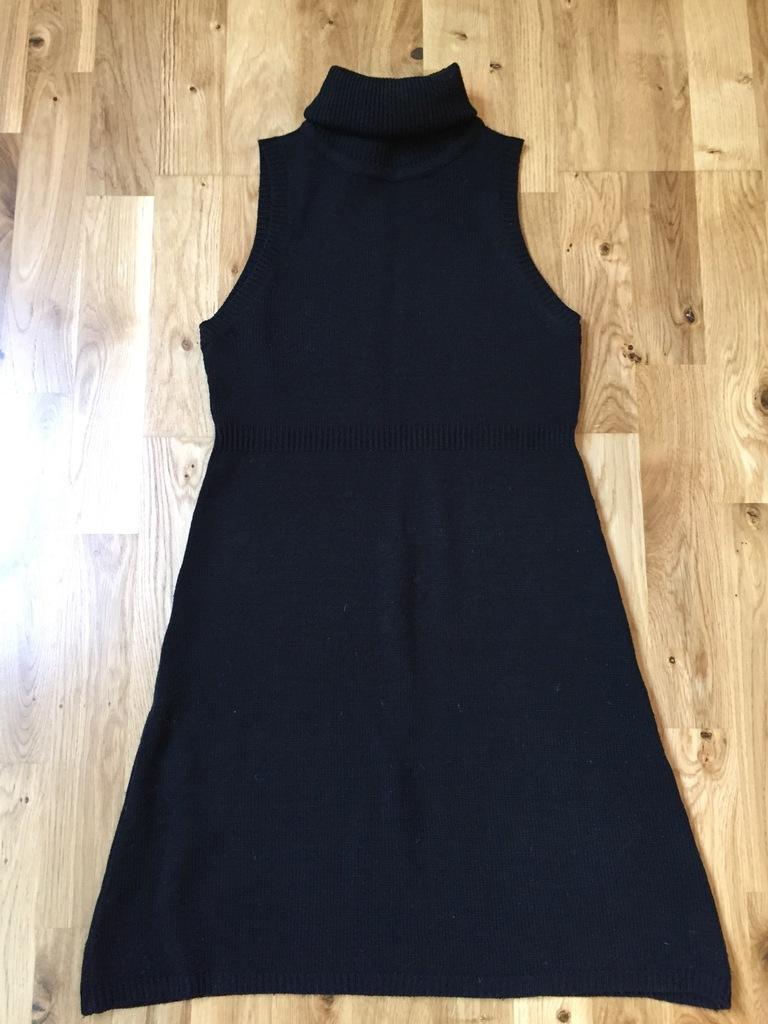 Вязаное платье - туника Stradivarius XS - S