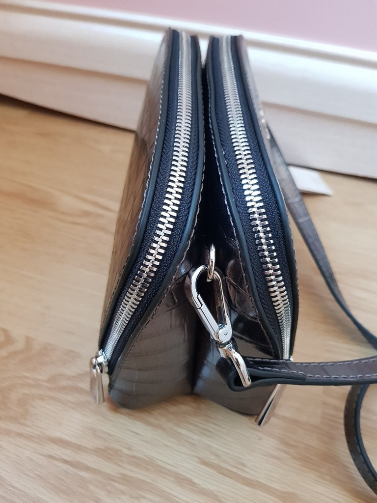 Новая стильная кожаная сумка кроссбоди Италия