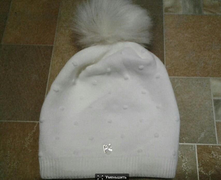 Новая белая зимняя шапка, на флисе