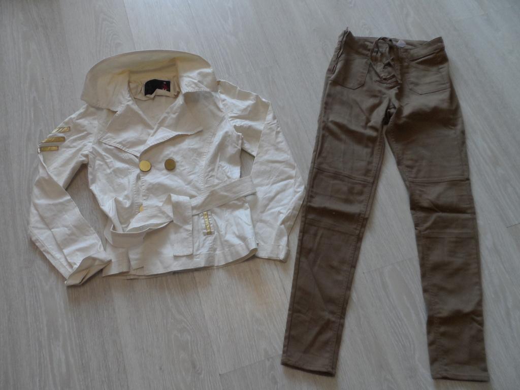 Нарядный костюм, жакет и брюки 42-44 мало б/у