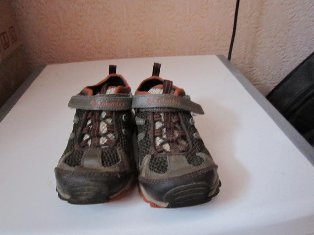 летние кроссовки коламбия 26 размер.