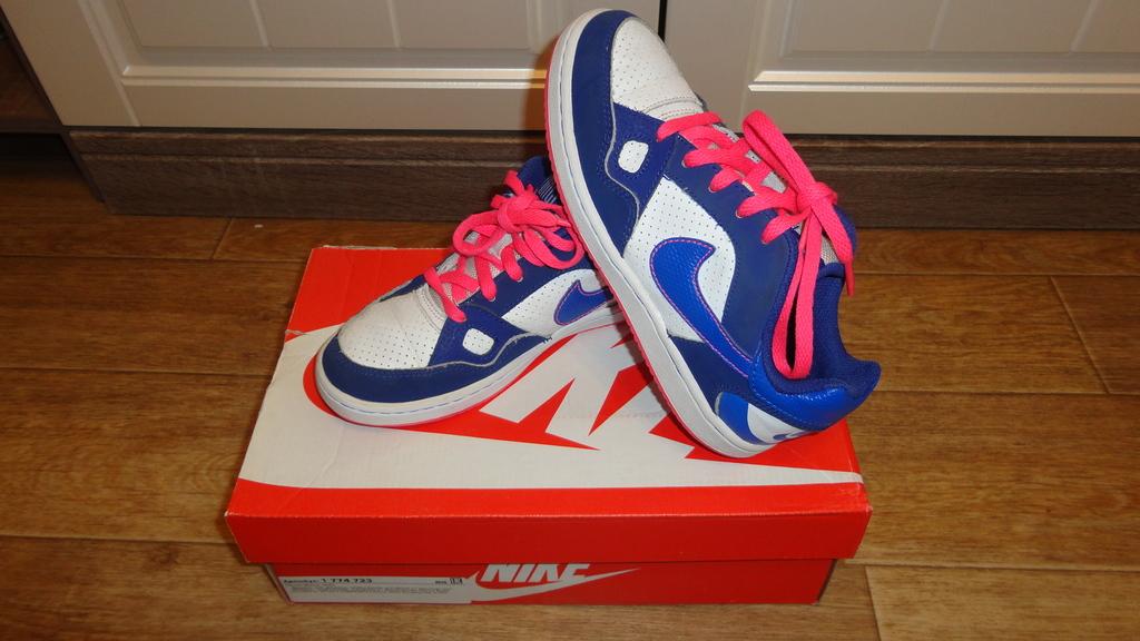 Кроссовки Nike 32р.