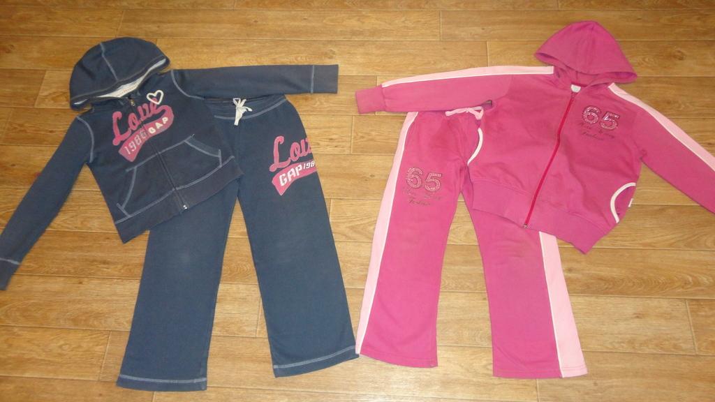 Два спортивных костюма для дачи на 7-8 лет