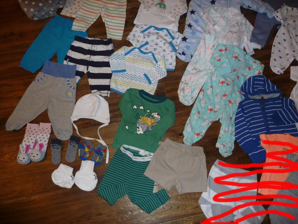 Огромный пакет одежды для малыша 0-3-6 мес