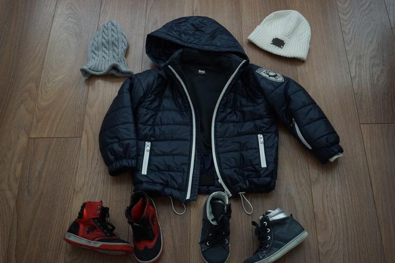 Курточка Dolce Gabbana+шапочка белая