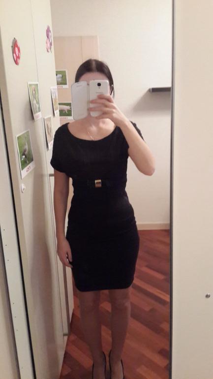 4. Платье Waggon Paris. Куплено в фирменном магазине. Так ни разу и не  одела. На размер 40. На 42 можно, но будет плотно (как на фото). Экв 3000  руб. d8b604ca773