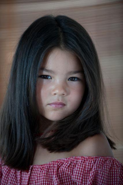 Стричь длинные волосы девочке