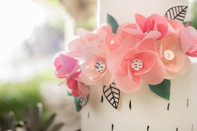 Цветы из вафельной бумаги своими руками 74