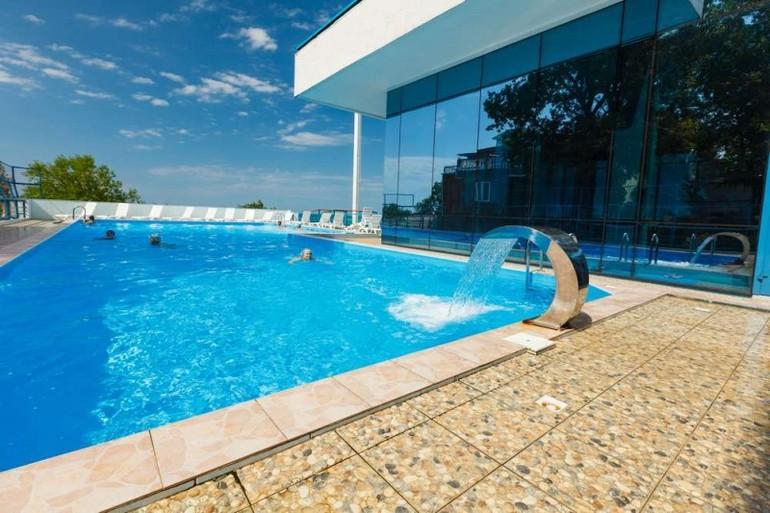 лащаревское отели с бассейном с ценами 2017 комфорт