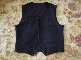одежда в школу  на мальчика 128/134 размеры