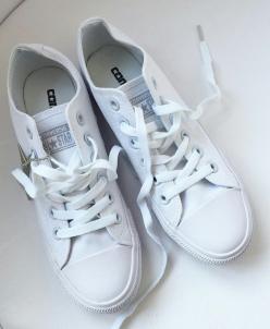 Белые низкие Converse AllStars!