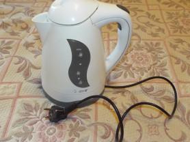 электрический чайник (электрочайник)