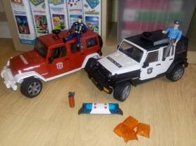 Bruder пожарная и полицейская машины