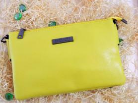 Желтый клатч Burberry (реплика)