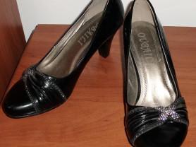 Туфли черные лаковые новые кожзам - р.36 ст.24 см