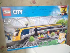 """Новый LEGO City """"Пассажирский поезд"""" (арт. 60197)"""