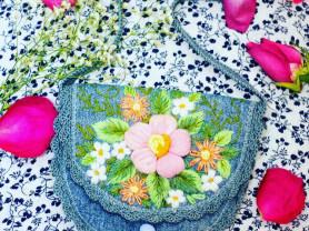 продам сумки ручной работы с объёмной вышивкой