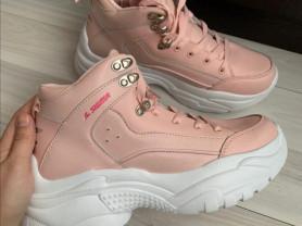 Новые женские кросовки Sigma