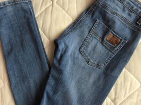 джинсы Elisabetta Franchi италия