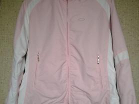 Легкая спортивная куртка
