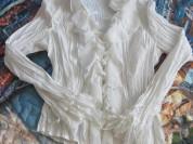 Блузка белая BIBA.