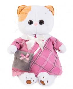 Ли-Ли в розовом платье с серой сумочкой