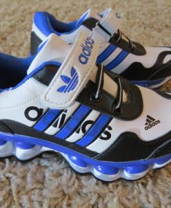 Adidas кроссы
