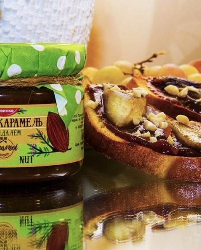 Мягкая карамель с миндальным орехом 110гр «ALMOND NUT»
