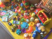 3 пакета игрушек