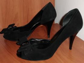 Туфли на каблуках черные замшевые стелька 25.5 см