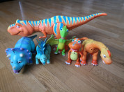 Интерактивные динозавры из мультфильма.