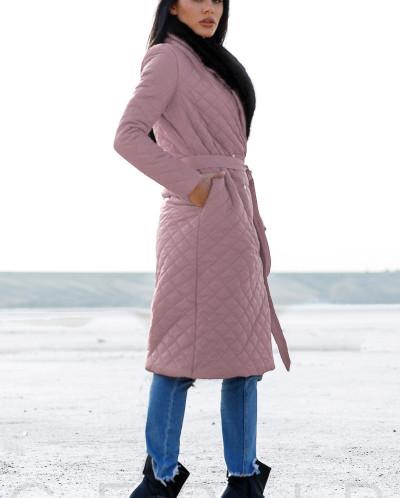 Удлиненное стеганое пальто