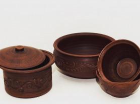 Набор керамической посуды из красной глины